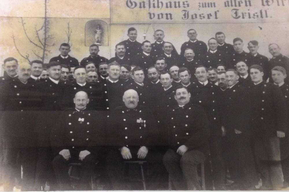Mannschaft 1933_1000x667