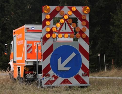 Verkehrsabsicherung: Verkehrsunfall LKW A99
